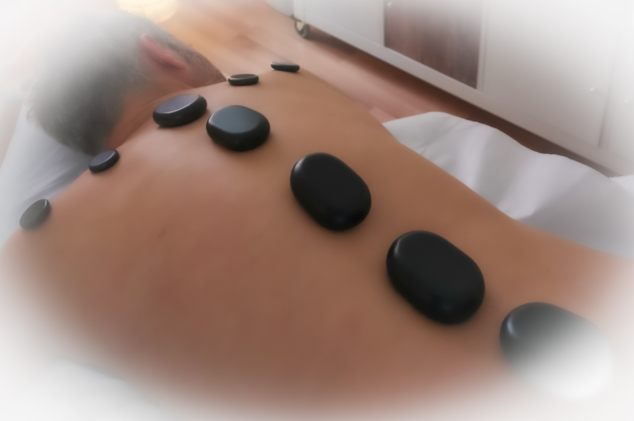 massage-freiburg-entspannung-hot-stone-relax